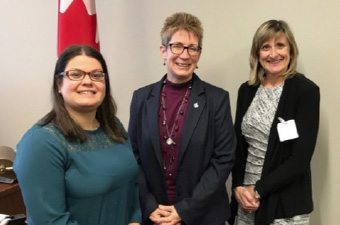 Sophia Baltzis (Quebec), Brenda Shanahan (MP, Châteauguay — Lacolle), Ondina Love (CEO)