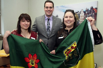 Leanne Huvenaars (Saskatchewan), Erin Weir (Regina-Lewvan), Deanna Mackay (Manitoba)